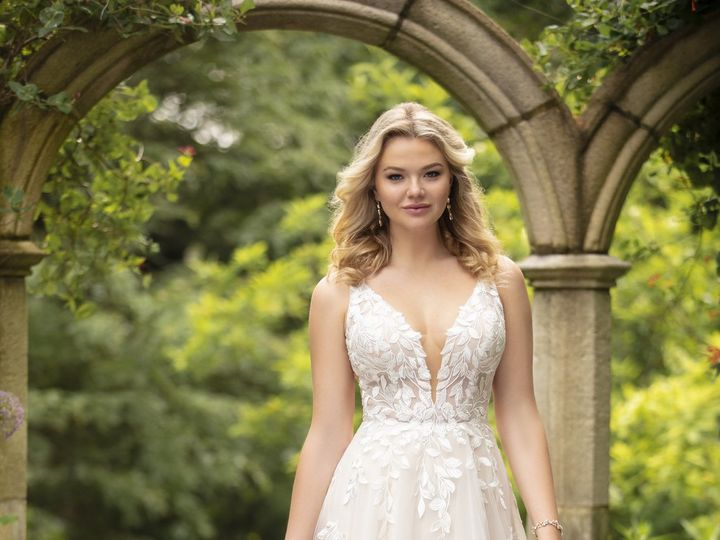 Tmx D3023 A1 Essense Of Australia 51 319164 160495179428129 Fall River, MA wedding dress