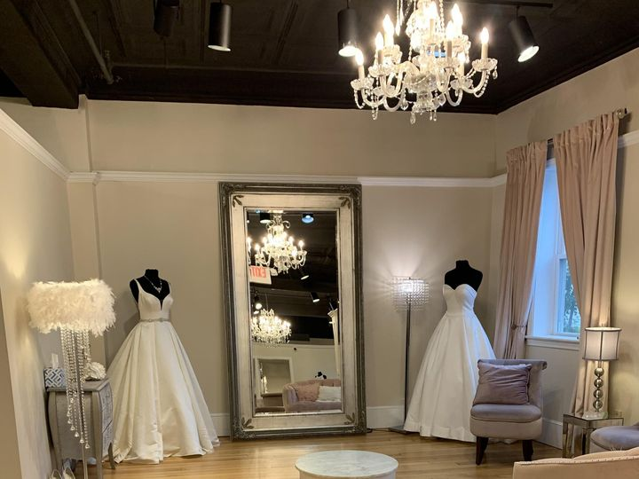 Tmx Img 3083 51 319164 160407484334747 Fall River, MA wedding dress