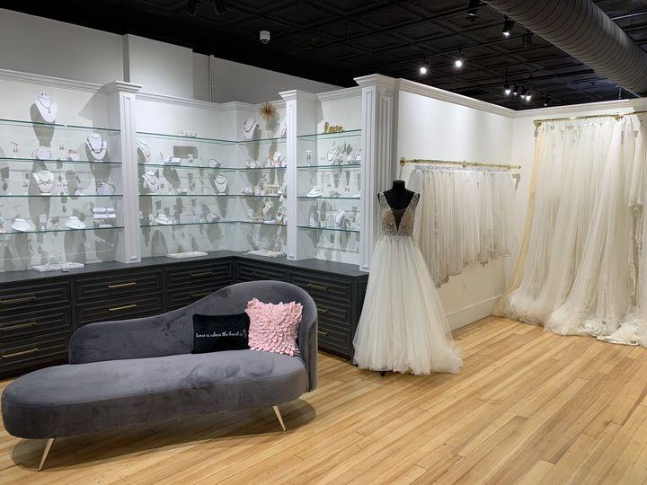Tmx Img 3098 51 319164 160407770029827 Fall River, MA wedding dress