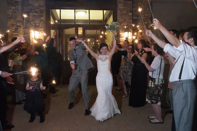 Pinewood Country Club Newlywed Couple: Asheboro Nc Wedding Venues At Websimilar.org