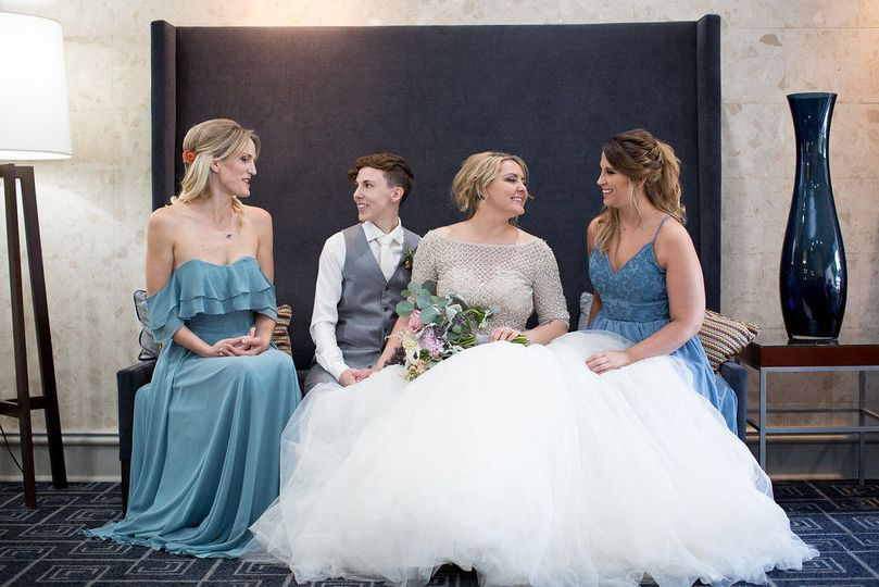 Newlyweds and their maids of honor