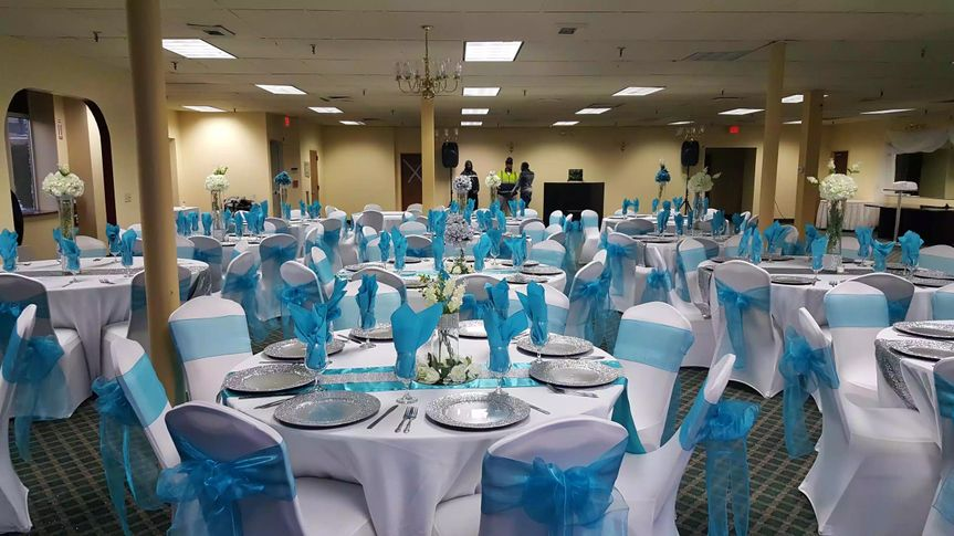 Wideshot of reception venue