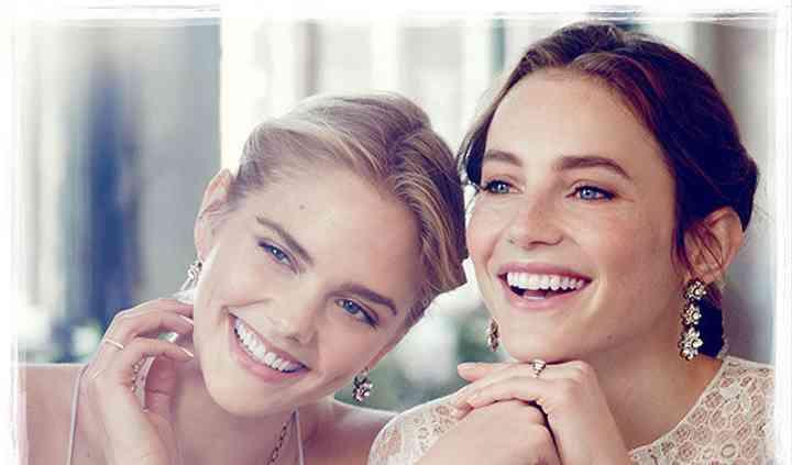 Chloe+Isabel by Cynthia Ellapen