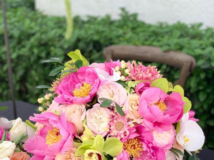 Tmx 82283482 2876413235744737 1889481350461784064 O 51 26264 160347748698819 Sarasota, FL wedding florist