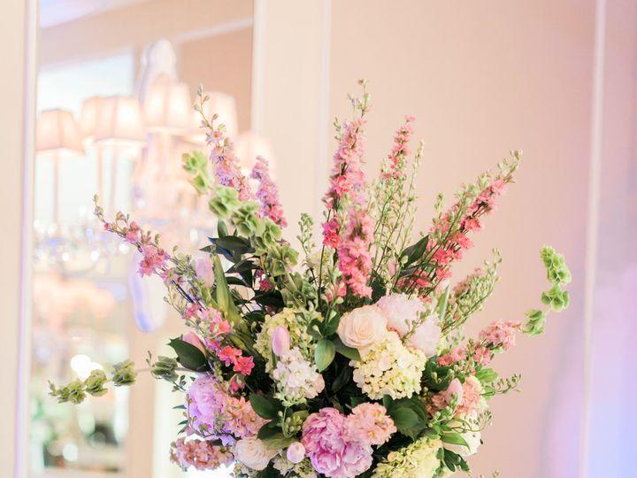 Tmx 1522877387 A47bdad3f154c61a 1522877385 B65f7940bd0136e4 1522877382777 12 David Laura Weddi Little Silver wedding florist