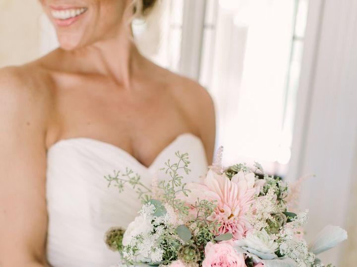 Tmx 1522877901 4fa68a190769637f 1522877899 72dee6407cb3889f 1522877897112 4 Love Lightphotogra Little Silver wedding florist