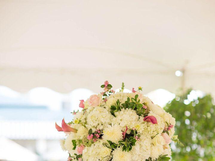 Tmx 1522879955 7d7239d8bd046ed9 1522879954 B5462fa0ebd1bbc0 1522879952425 3 Lbss 67of204  Little Silver wedding florist