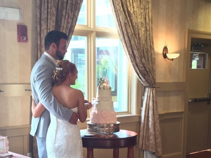 Tmx 1525019669 E10a6658e8f52be5 1525019668 67623da762387b57 1525019657789 9 Brooke   Cake Cutt Saco wedding planner