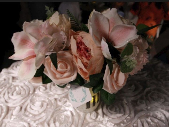 Tmx 1525022492 B7c4c7e7ab4f9618 1525022492 4215b80b94db29f4 1525022492159 110 Bridal Bouquet Saco wedding planner