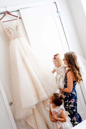 Bride with daughters & Dress