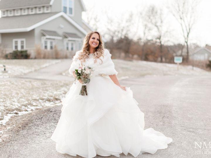 Tmx 1515160473 A72d3f0feae81cbe 1515160470 B40afdaab583b844 1515160469914 2 4M9A0139 Grandview, MO wedding videography