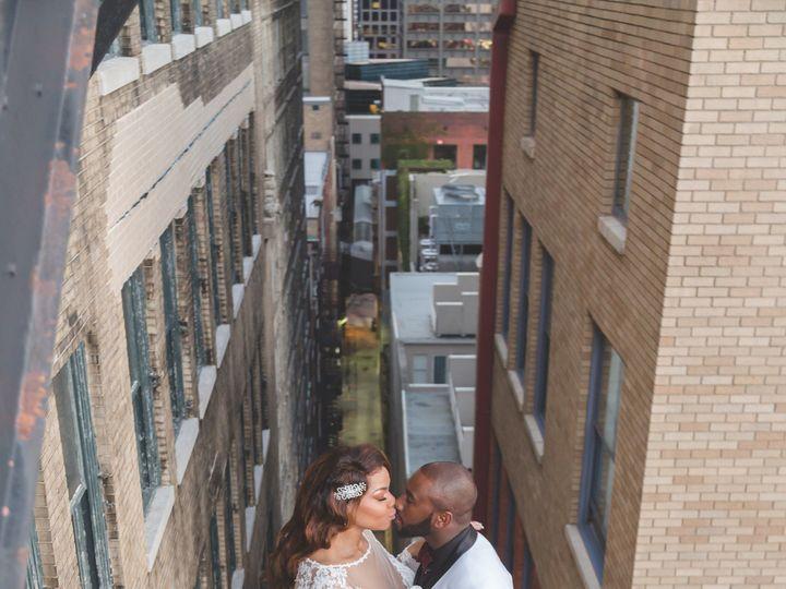 Tmx 1515161046 16dc3879c0f5f0ae 1515161044 Cb6a1b42a1794cbb 1515161043301 9 4M9A0744 2 Grandview, MO wedding videography