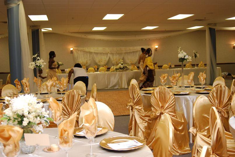 table linens rentals 5