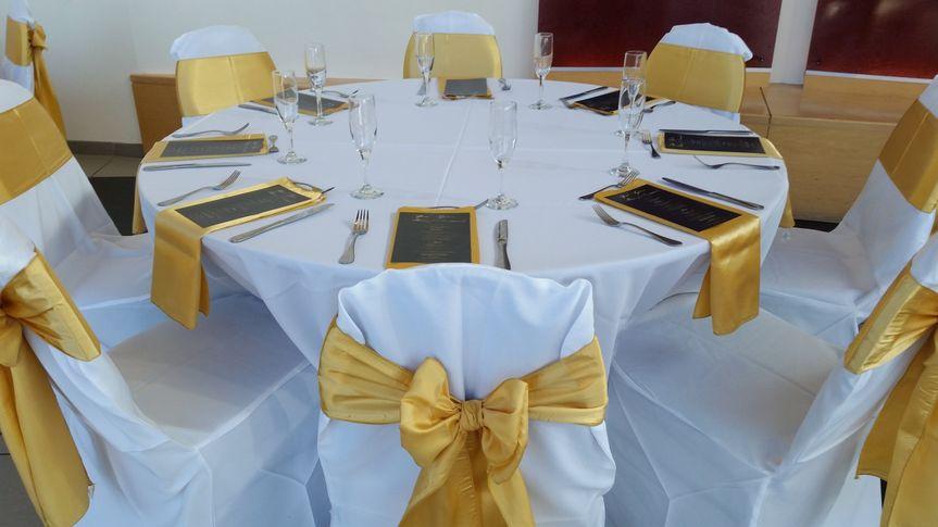 table linens rentals 12
