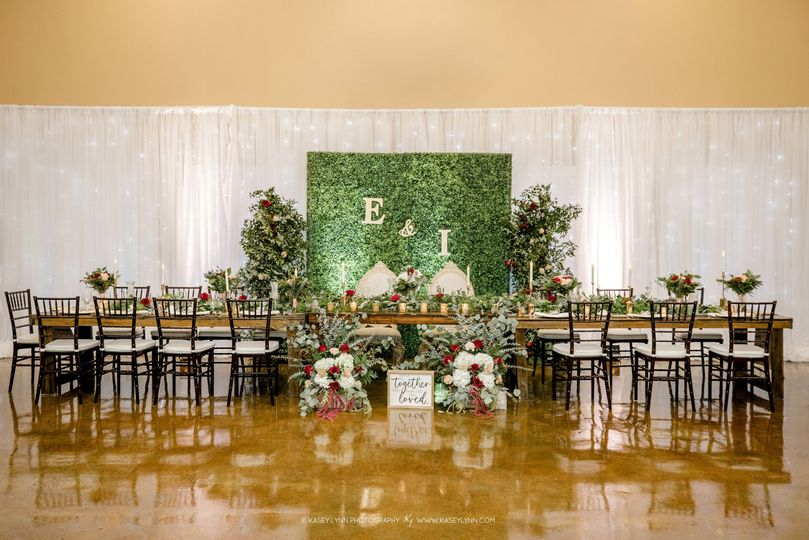 Romantic greenery Head table