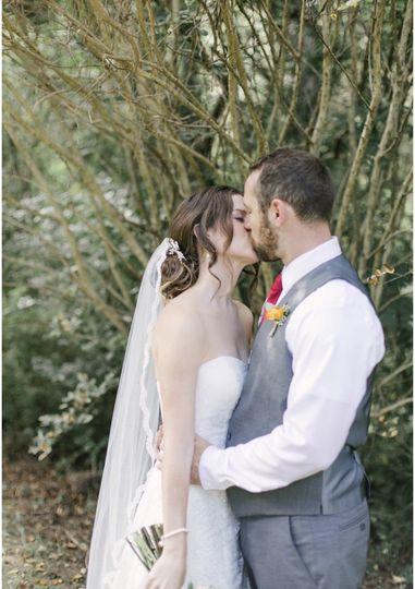 Sweet kiss | Charla Ayers Photography