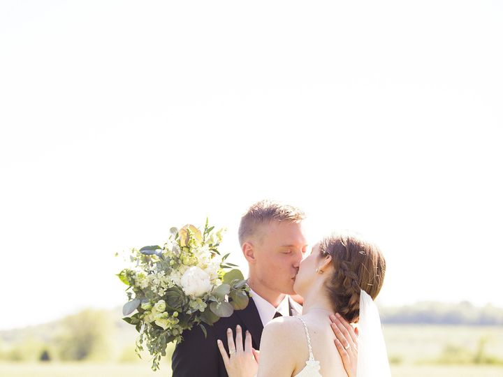Tmx 1525382569 96ffe20c6e0ee7a3 1525382566 A4f0878ecbbd45f7 1525382563955 12 Maggee Ryan 0422 Tonganoxie, Missouri wedding venue
