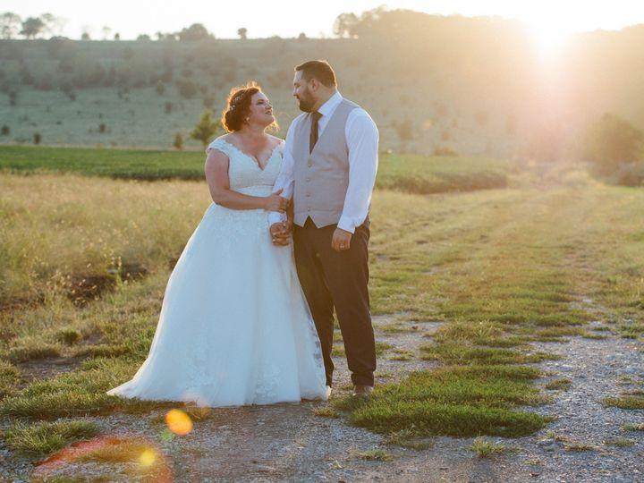 Tmx Patton Aguilar 1012 51 1004364 157979373564668 Tonganoxie, Missouri wedding venue