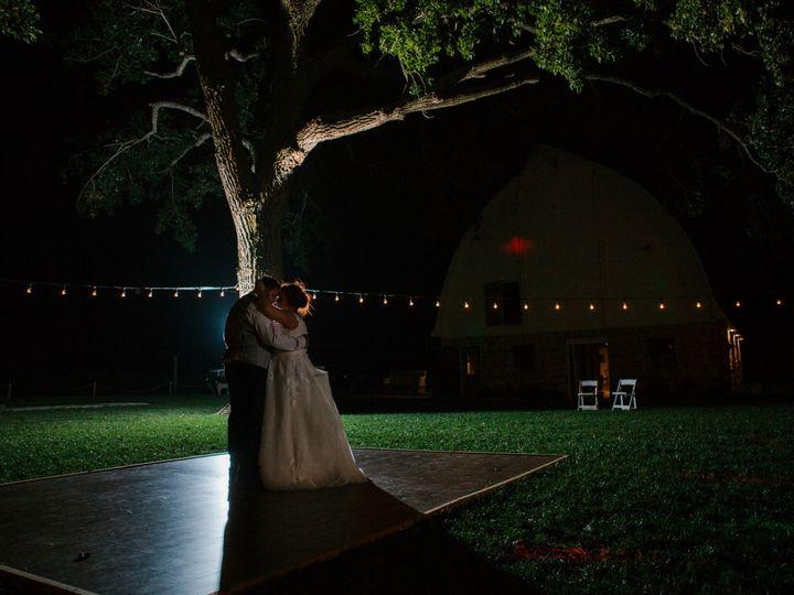 Tmx Patton Aguilar 1228 51 1004364 157979373454534 Tonganoxie, Missouri wedding venue