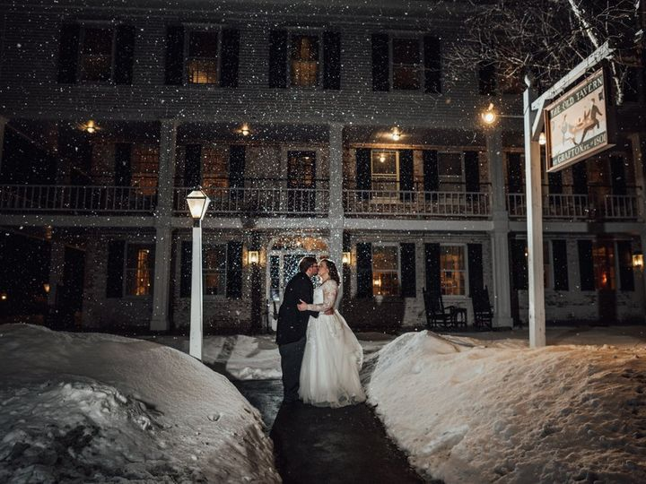 Tmx Webp Net Resizeimage 13 51 95364 V1 Grafton, VT wedding venue