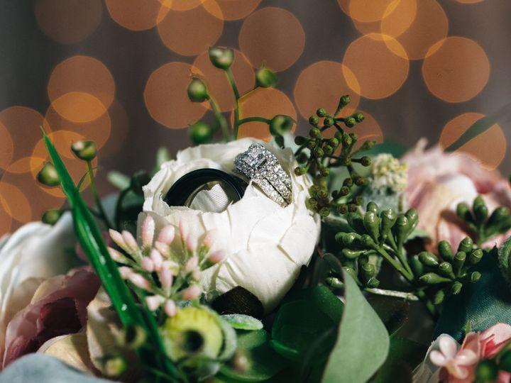 Tmx 1534457688 4fa39548d7d22dd4 1534457685 Ff2cc5e490eb20a4 1534457660439 38 Mariah   Tanner D Marion, Iowa wedding videography