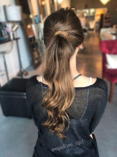Wavy ponytail