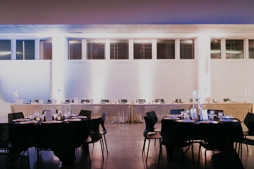 Round tables and head table