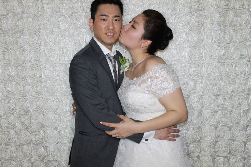 Ivory/White Backdrop. Perfect for Weddings!