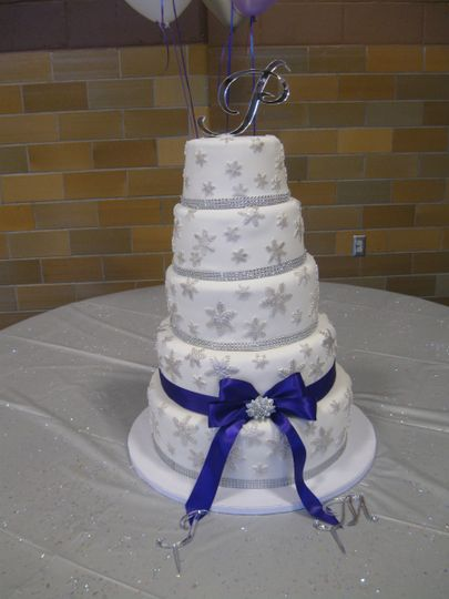 perez wedding cake 01