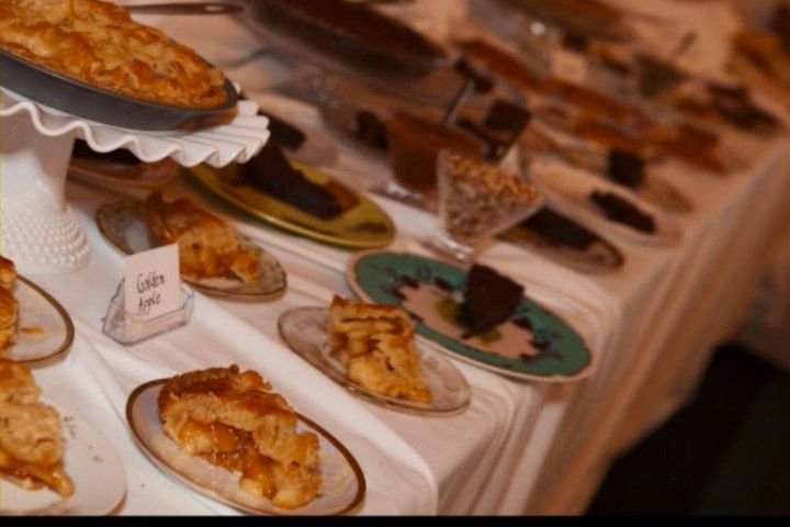 Mulligan's Dessert Bar for an OBX wedding reception