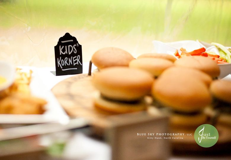 Mulligan's burgers station for kids at an OBX wedding reception
