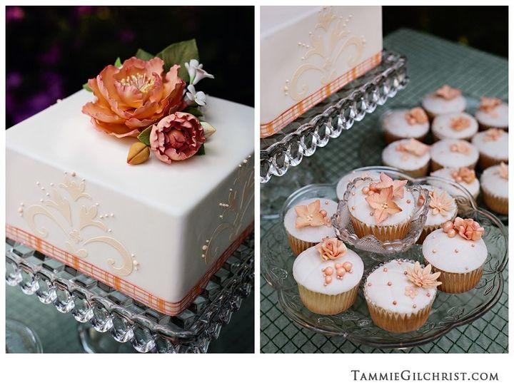 Tmx 1382469232317 Tammiegilchrist673 Copy Mendocino wedding cake