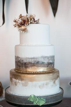 Tmx Dl0a0198 3 51 70664 160269531250852 Lees Summit wedding cake