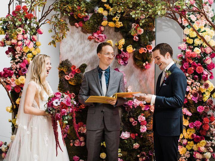 Tmx Kriech Higdon Photography Louisville Ky Jordan Ryan Wedding 21c 402 Alter Flowers 51 72664 158015731035771 Louisville, KY wedding venue