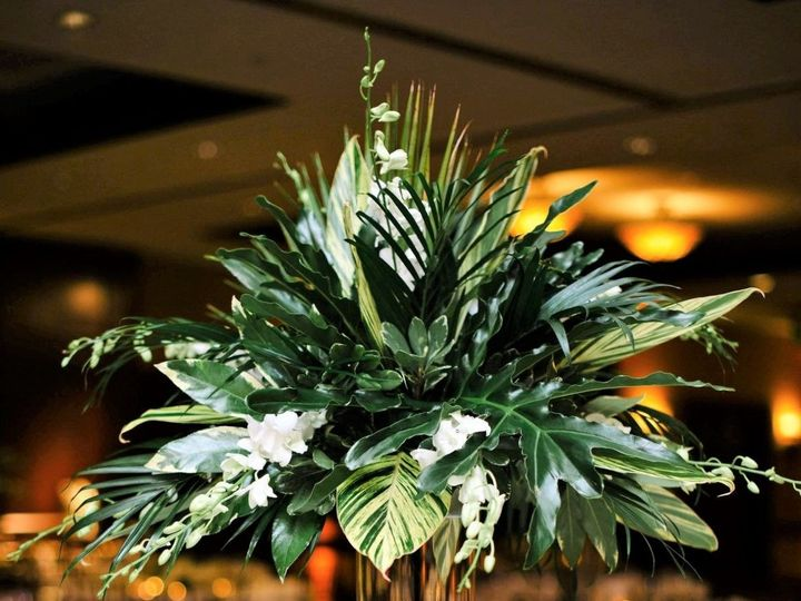 Tmx 1533567217 62c63a9eee7395cf 1533567216 6bef924f181bf4a5 1533567211419 27 Centerpiece Tropi Stuart, FL wedding florist