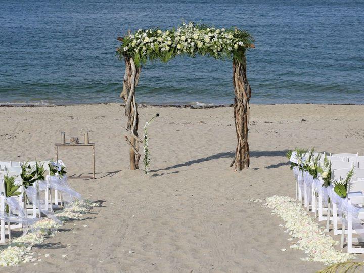 Tmx 1533736293 61143bc8a136ca61 1533736291 01d70f439e0bc015 1533736288290 1 Picture1 Stuart, FL wedding florist