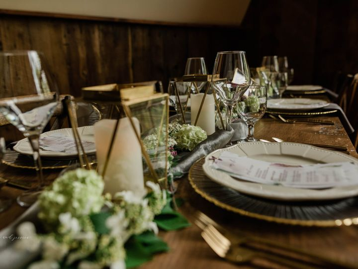 Tmx Historic Stonebrook Farm Bjpdsc 7265 9 51 753664 Royersford, PA wedding planner