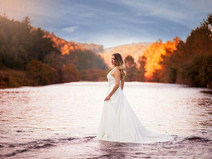 Tmx 1512386971112 Fall Pic West Jefferson, NC wedding venue