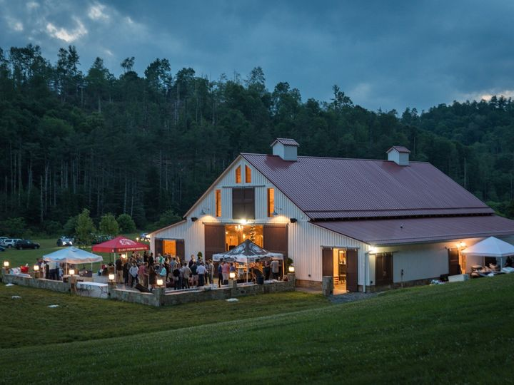 Tmx Brc Auction 2019 Outside Barn Evening 51 973664 1559948223 West Jefferson, NC wedding venue