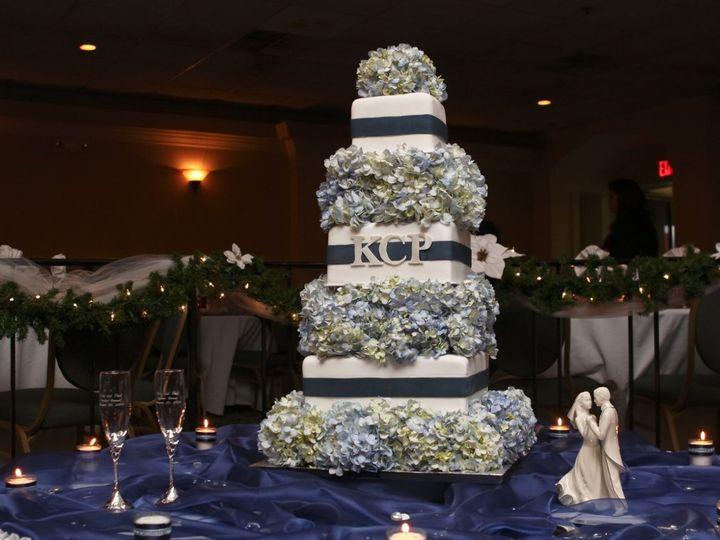 Tmx 1343875960981 0023 Hampton, Virginia wedding cake