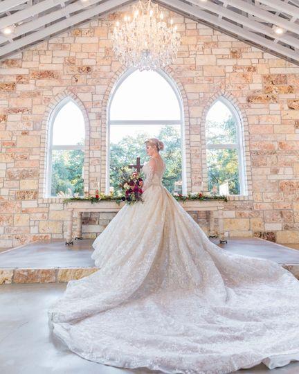Bridal at Chandelier of Gruene