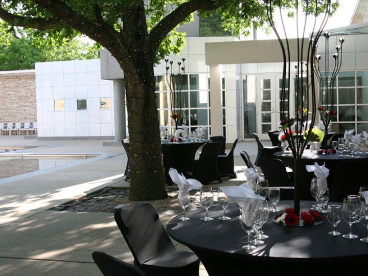 Tmx 1437161581580 Dmartcenterrestaurantwine Fest 06 009 2 Des Moines wedding venue