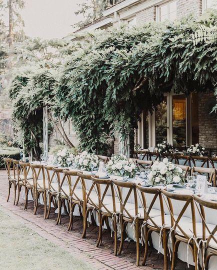 Outdoor dinner reception
