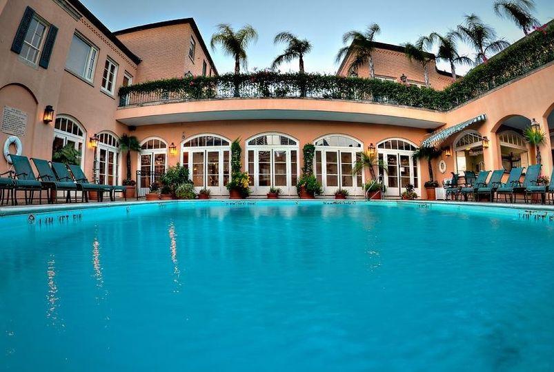 Monteleone Roof top Pool