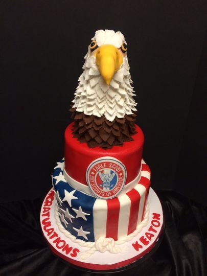 Eagle design cake