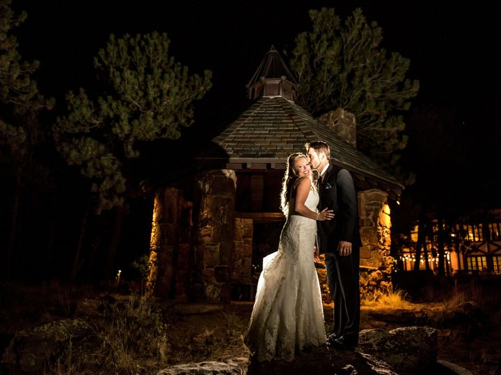 Tmx 1537918372 F067916f06596601 1537917533 841f8d9507d75b4d 1537917270 38b531b50d7a4fd1 153791 Parker, CO wedding photography