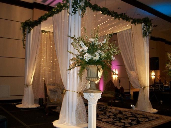 Wedding Stages & Ceremony Decor