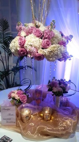 Centerpieces and Custom Floral Services