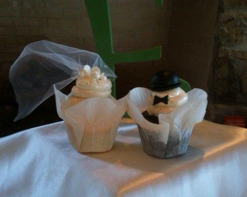 Tmx 1388070417942 Bridegroo Gettysburg wedding cake