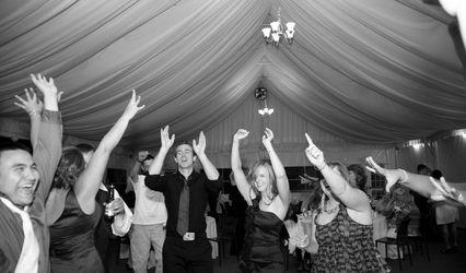 DJRT: Wedding MC & DJ